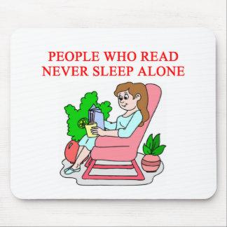 amantes de libros y de la lectura alfombrillas de ratones