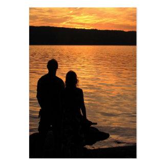 Amantes en el ATC del lago sunset Plantilla De Tarjeta De Negocio