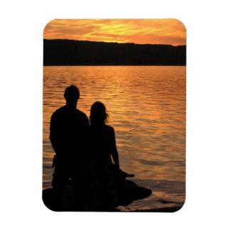 Amantes en el lago sunset imán foto rectangular