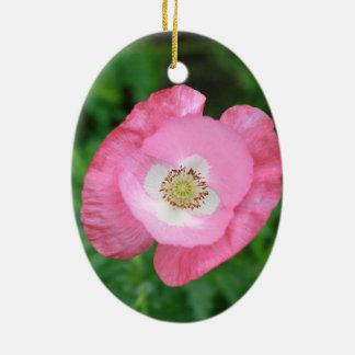 Amapola rosada adorno navideño ovalado de cerámica