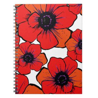 Amapolas anaranjadas rojas intrépidas libro de apuntes con espiral