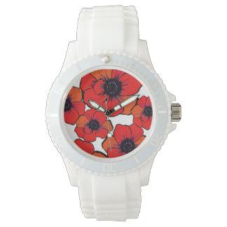 Amapolas anaranjadas rojas intrépidas relojes