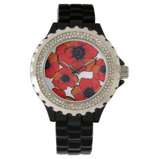 Amapolas anaranjadas rojas intrépidas relojes de mano
