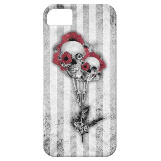Amapolas del cráneo del Grunge iPhone 5 Protectores