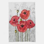 Amapolas rojas en floral gris caprichoso toalla de cocina