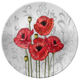 Amapolas rojas en floral gris caprichoso platos de cerámica