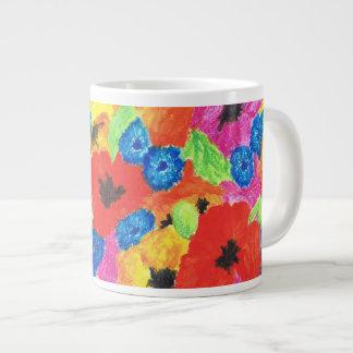 Amapolas rojas y estampado de flores azul de los taza de café gigante