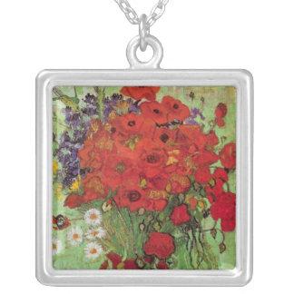 Amapolas y margaritas rojas, flores de Van Gogh de Collar Plateado
