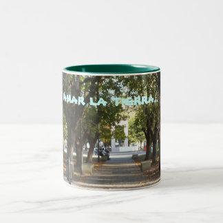 , Amar la tierra... Two-Tone Coffee Mug