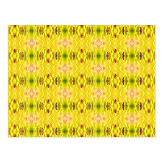 Amarillo abstracto del modelo del Daylily Tarjetas Postales