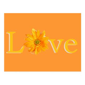 "Amarillo ""amor"" con la margarita amarilla tarjetas postales"