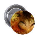 Amarillo anaranjado floral del Grunge del otoño Pin