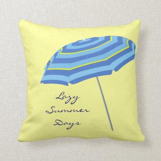 Amarillo azul de verano de los días de la playa de