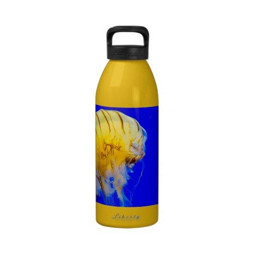 AMARILLO BRILLANTE del AZUL REAL jellyfish-386680  Botella De Beber