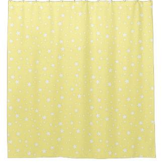 Amarillo claro y blanco protagoniza el cielo cortina de baño