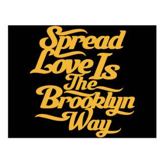 Amarillo del amor de Brooklyn Tarjeta Postal