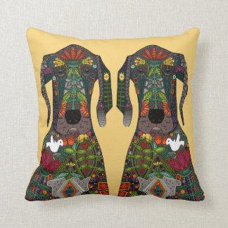 Amarillo del amor de great dane almohadas