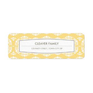 Amarillo del estampado de flores del vintage de la etiqueta de remitente