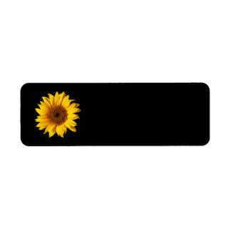 Amarillo del girasol en el negro - flores modifica etiquetas de remite