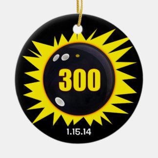 Amarillo del juego perfecto 300 ornamento de navidad