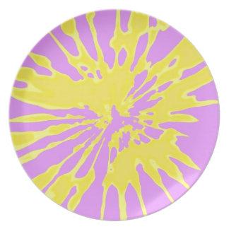 Amarillo del modelo del chapoteo y diseño abstract platos para fiestas