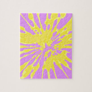 Amarillo del modelo del chapoteo y diseño abstract puzzles