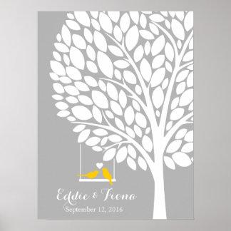 amarillo del pájaro del árbol del libro de visitas póster