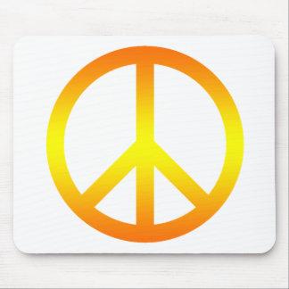 Amarillo del símbolo de paz alfombrillas de raton