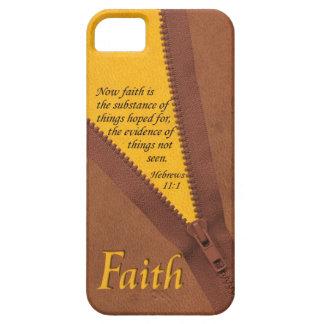 Amarillo del verso de la biblia del 11:1 de los he iPhone 5 Case-Mate carcasas