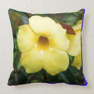 Amarillo elegante barato de la flor de la ORQUÍDEA Cojines