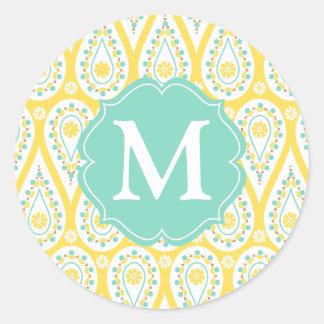 Amarillo elegante moderno Paisley del damasco Pegatina Redonda