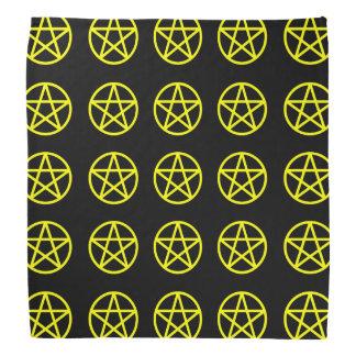 Amarillo en pañuelo multi negro del pentáculo bandanas