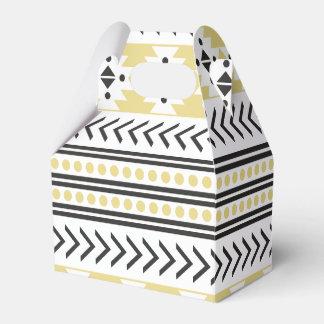 Amarillo geométrico del modelo de la impresión caja para regalos
