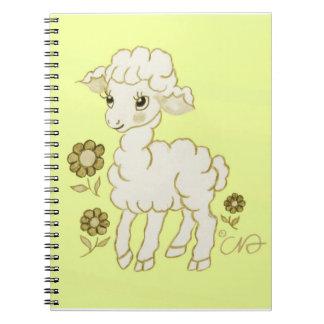 Amarillo lindo del cordero de Kawaii Spiral Notebooks