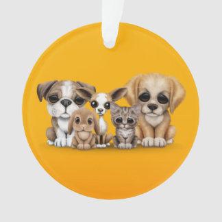 Amarillo lindo del retrato de los perritos, del ga