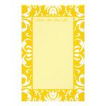Amarillo + Modelo de encargo del damasco del color Papelería De Diseño