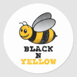 Amarillo negro de N Pegatina Redonda