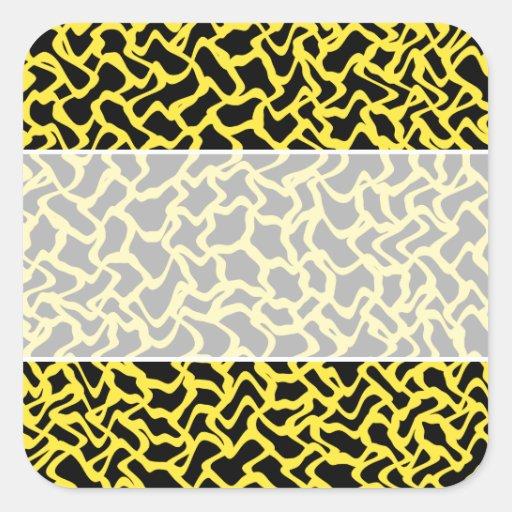 Amarillo negro y brillante del modelo gráfico abst calcomanía cuadrada
