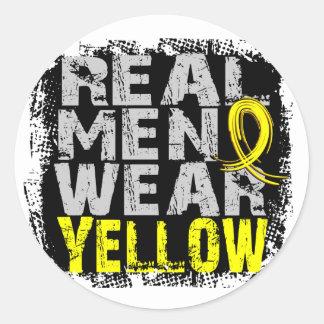 Amarillo real del desgaste de hombres del sarcoma pegatina redonda