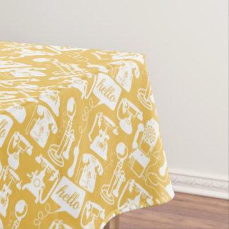 Amarillo retro u hola cualquier modelo del mantel de tela