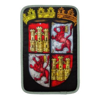 Amarillo rojo del escudo de armas del castillo del funda  MacBook