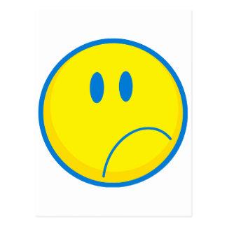 amarillo sonriente y azul de la cara triste tonta postal