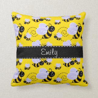 Amarillo y negro manosee la abeja cojín