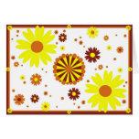 Amarillo y tarjeta de las flores de Brown