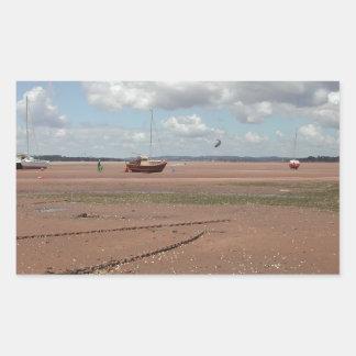 Amarres de marea Barcos varados Devon Reino Unid Etiqueta