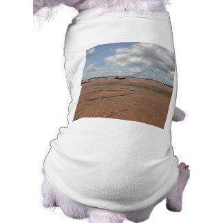 Amarres de marea Barcos varados Devon Reino Unid Camiseta De Perro