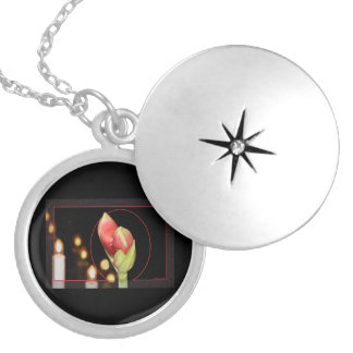 Amaryllis Silver Plated Necklace