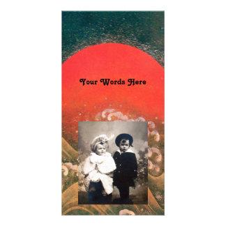 AMATERASU, DIOSA del SOL, marrón negro rojo Tarjeta Fotografica Personalizada