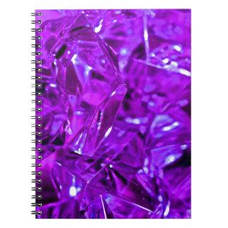 Amatista cristalina de la piedra preciosa púrpura notebook