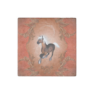 Amazing horse in optics painted with white mane stone magnet